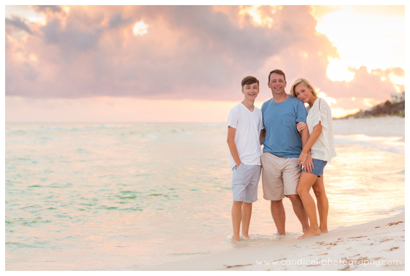 08-sunset_beach_portraits_destin