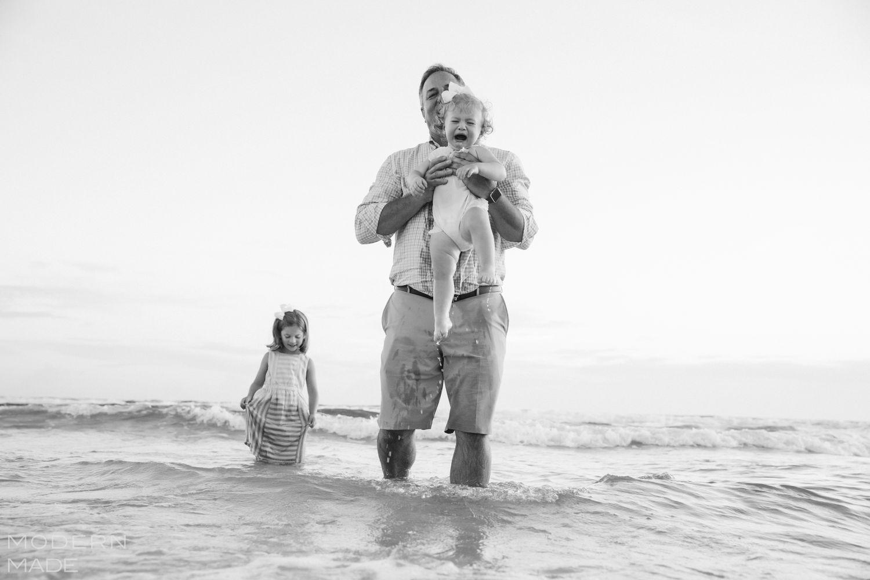 30a documentary photographer
